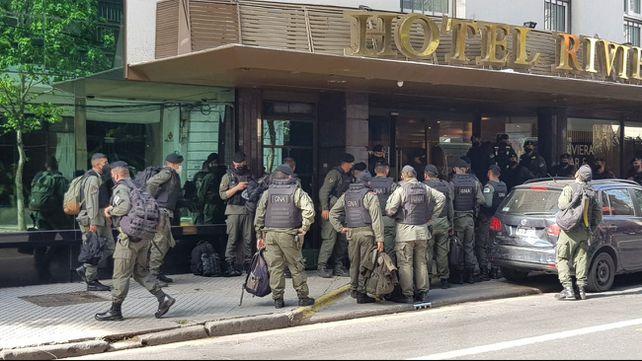 Empezaron a llegar los primeros gendarmes a Rosario para combatir la inseguridad