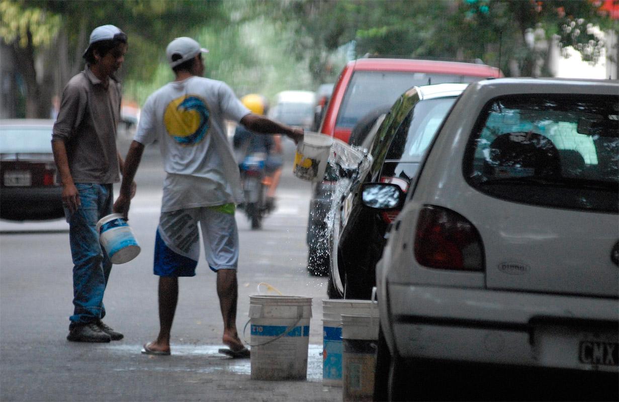 Santo Tomé: comienza a funcionar la comisión que abordará el tema cuidacoches